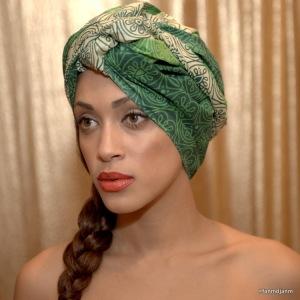 Head scarf2